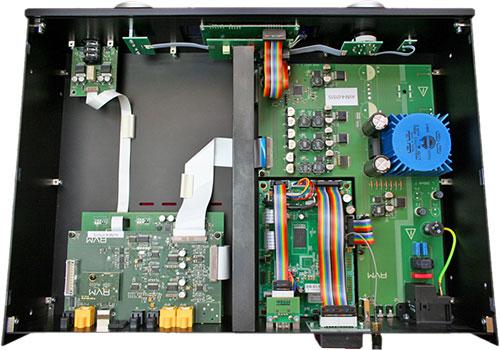 Der AVM Evolution SD 3.2 ist durchgängig transistorisiert ...